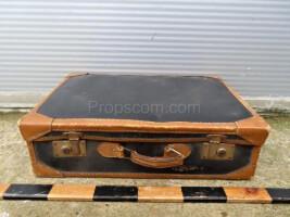 Travel suitcase LXXI.