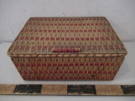 Wicker box