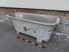 Bath galvanized