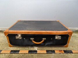 Travel suitcase LVIII.
