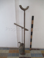 Stand with hand pump