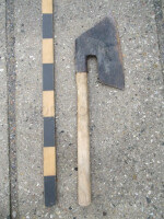 Joiner's ax
