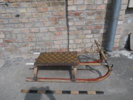 Children's wooden sleds braided