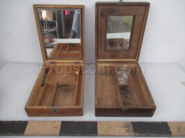 Women's folding toilets with mirrors