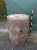 Barrel with forged hoops