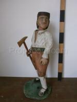 wooden statue of Janosik